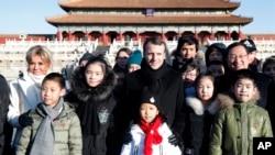 VOA连线(滕彪):人权组织促马克龙关注中国人权问题
