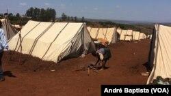 Deslocados dizem enfrentar fome