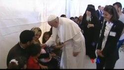 2016-04-17 美國之音視頻新聞: 教宗方濟各從希臘帶三個難民家庭返回梵蒂岡