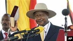 Presidente Ioweri Museveni durante a cerimônia de tomada de posse
