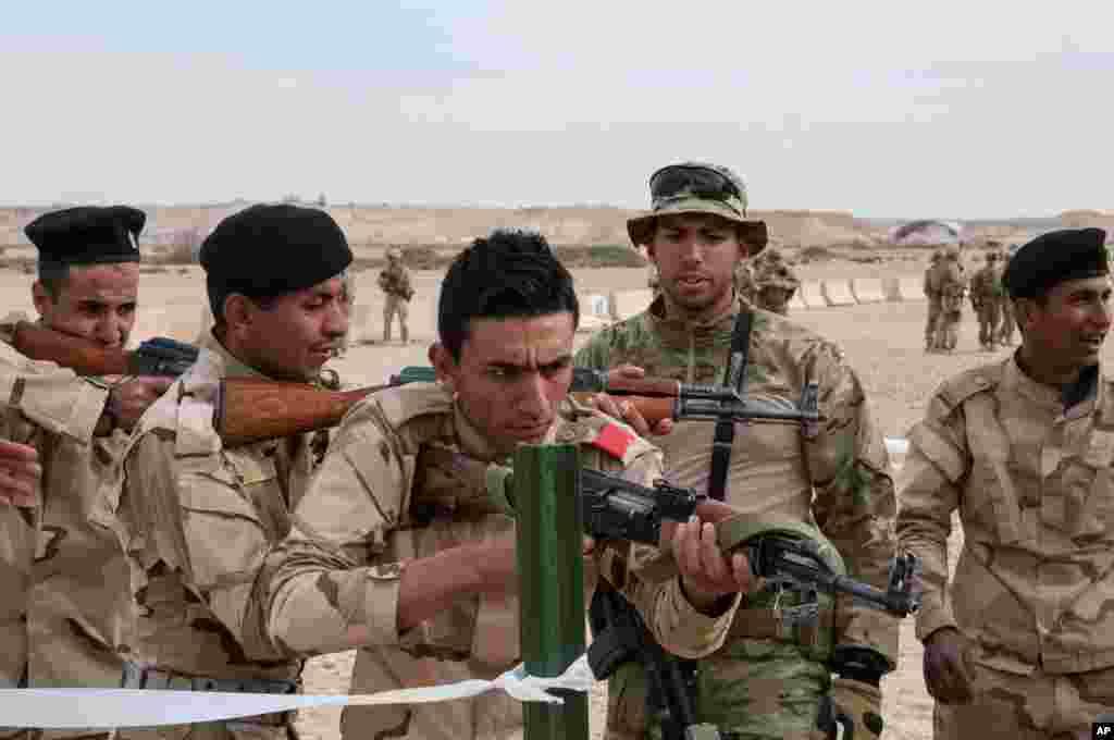 امریکی فوجیوں کوعراق میں بھیجنے کا مقصد دولت اسلامیہ کے خلاف برسر پیکار مقامی فوجوں کو تربیت فراہم کرنا ہے۔