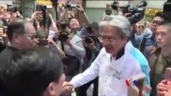 香港特首選舉候選人之一曾俊華落區造勢(粵語)