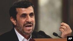 쿠바를 방문 중인 마흐무드 아마디네자드 이란 대통령
