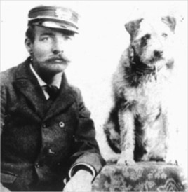 Owney and his postal buddy. Owney's the one on the right.