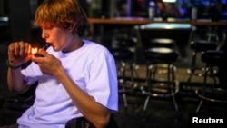 El 48 por ciento de los encuestados dijeron haber fumado alguna vez marihuana.