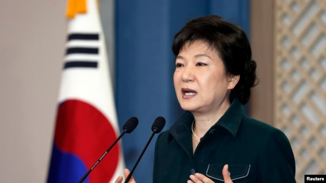 South Korea's President Park Geun-hye speaks to the nation at the presidential Blue House in Seoul, March 2013. (File photo).