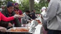 Warung VOA: Thanksgiving dan Musim Belanja (2)