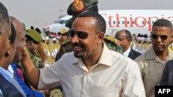 Lokacin da aka tarbi Abiy Ahmed a Khartoun a ranar 7 ga watan Yunin 2019