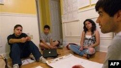 Іспанська молодь переконана, що знання англійської збільшить шанси працевлаштування.