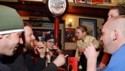 University students drinking beer at a pub in Cambridge, Massachusetts