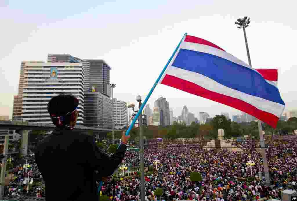 Tens of thousands of protesters marched through Thailand's capital paralyzing traffic and facing off with police outside the prime minister's residence in their latest mass rally against Thailand's government,Dec. 22, 2013, Bangkok, Thailand.