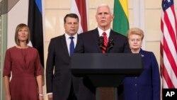 美國副總統彭斯星期一與波羅的海國家領導人等發表講話