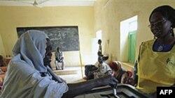 Cử tri đi bỏ phiếu tại một địa điểm bầu cử tại Um Durman ở miền Nam Sudan