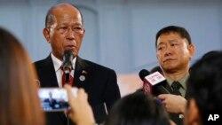 델핀 로렌자나 필리핀 국방장관은 23일기자회견을 열고 남부 마라위에서 벌어진 반군과의 전투가 5개월 만에 끝났다고 밝혔다.