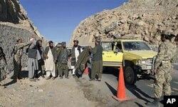 Un poste de contrôle de la police afghane à Kandahar