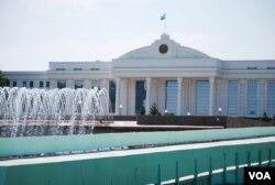 Senat joylashgan bino, Toshkent