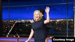 参议员陆天娜在一个电视节目中宣布有意角逐2020总统大选(CBS照片)