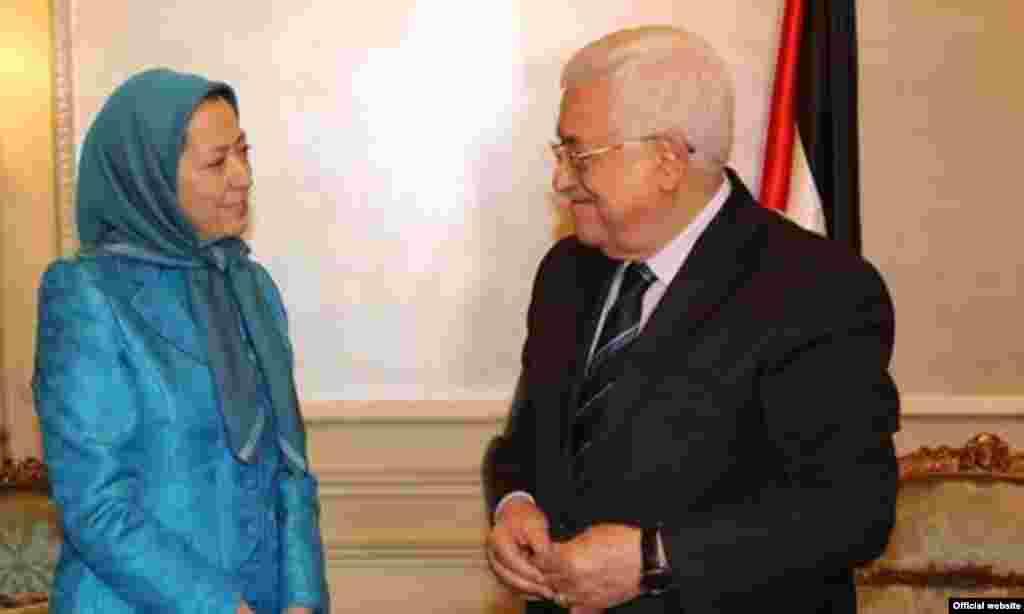 Mahmod Abbas visit Maryam Rajavi, محمود عباس رئیس تشکیلات فلسطین با مریم رجوی سازمان مجاهدین دیدار کرد