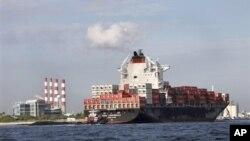 27일 플로리다 에버글레이즈항의 화물선. (자료사진)