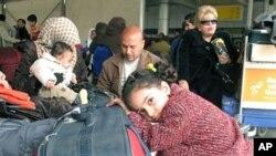 Mesir menahan 7 orang Palestina di bandara Kairo dan mendeportasi mereka ke Gaza (foto: ilustrasi).