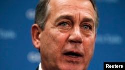 Chủ tịch Hạ viện John Boehner nhiều lần tố cáo Tổgn thống Obama không chịu thương thuyết để có được một giải pháp tương nhượng.