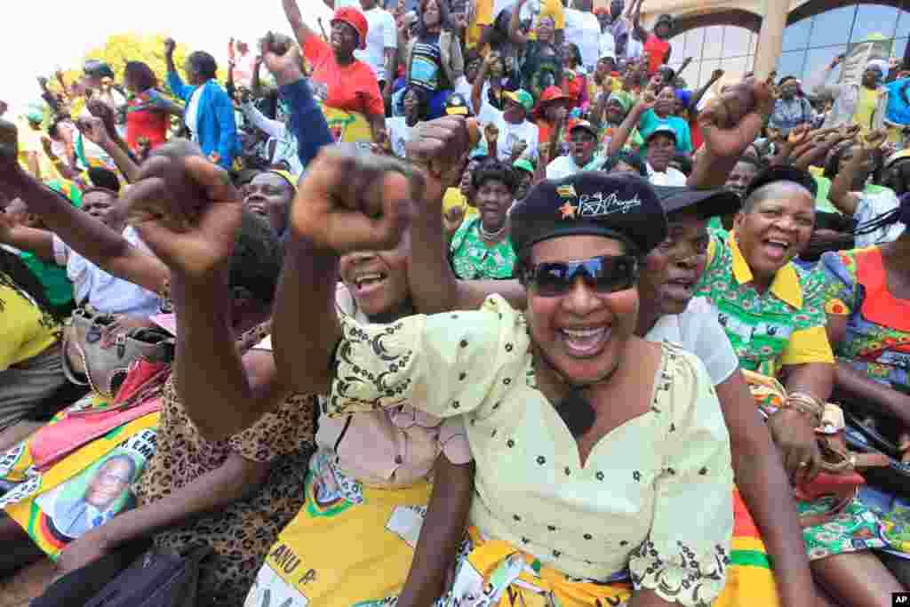 Zimbabwe Zanu pf Meeting
