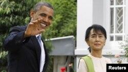 Serok Obama serdana mala rêbera demokrasîxwaz Aung San Suu Kyi kir.