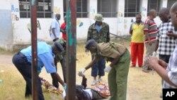 Serangan di kota Mombasa, Kenya menewaskan seorang Pastur hari Minggu (11/1).