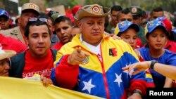 Diosdado Cabello dice que la OEA amenaza a Venezuela con sus denuncias de parcialidad en las elecciones de diciembre.
