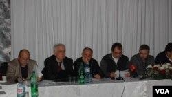 """Okrugli sto """"Srbi u kosovskom političkom vrtlogu""""."""