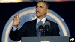 美國總統奧巴馬在美國海軍學院畢業典禮上講話