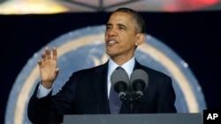 Predsednik Obama obraća se diplomcima Pomorske akademije u Anapolisu, 24. maja 2013.