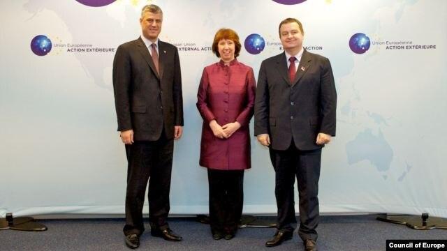 Premijer Kosova Hašim Tači, visoka predstavnica EU Ketrin Ešton i premijer Srbije Ivica Dačić