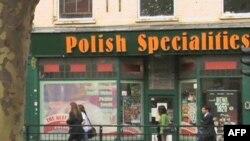 Poljski imigranti u britanskoj recesiji