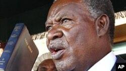 Rais Mpya wa Zambia Michael Sata alipoapishwa mjini Lusaka, Septemba 23, 2011.