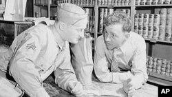 1943年一名美国军人回南卡探亲,从一个朋友处得知食品是如何配给的