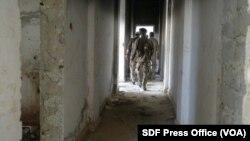 یک زندان داعش در شهر طبقه