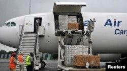 Imfashanyo ya Amerika, igizwe n'imiti ya Ebola, muri Liberiya