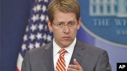 White House Press Secretary Jay Carney briefs reporters at the White House in Washington, DC, June 2, 2011