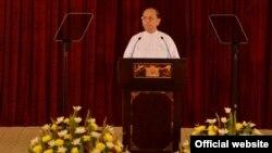 Presiden Burma Thein Sein mengecam korupsi dan ketidakefisienan yang marak dalam pertemuan dengan para pejabat pemerintahan (26/12).