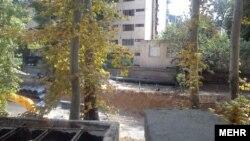 باغ های محدوده خیابان پسیان در خیابان ولی عصر تهران، برای ساخت وساز تخریب شدند