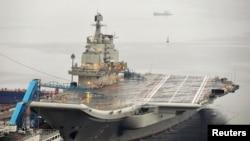 중국의 첫 항공모함인 랴오닝 호. (자료사진)