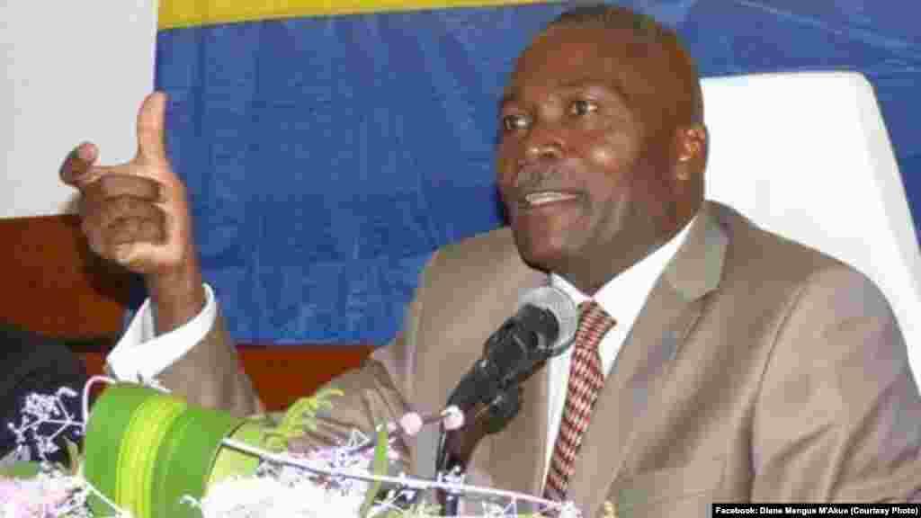 Augustin Moussavou King, leader du PSG, le Parti socialiste gabonais, est également candidat à la présidence.