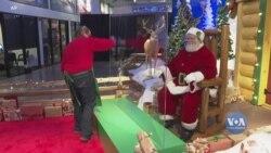 Санта в масці: як під час пандемії торговельні центри і магазини влаштовуватимуть зустрічі із Сантою. Відео