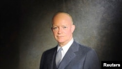 Foto tomada de un óleo de Dwight D. Eisenhower, quien fue el primer expresidente de EE.UU. en recibir los beneficios de la Ley de Expresidentes de 1958. [Reuters]