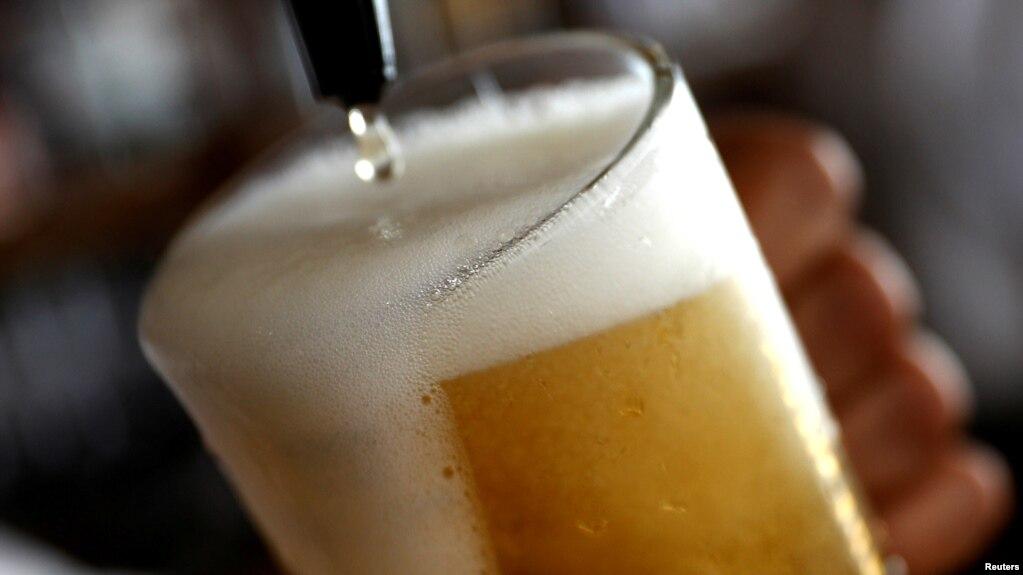 Ndryshimi i klimës rrezikon prodhimin e birrës