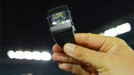 Teknologjia në ndihmë të arbitrave të futbollit
