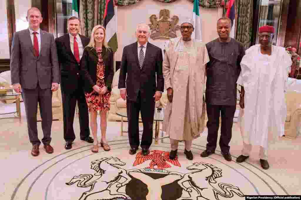 Rais Muhammadou Buhari wa Nigeria akimkaribisha Rex Tillerson
