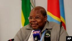 L'ancien président tanzanien Benjamin Mkapa, à Nairobi, le 7 janvier 2009. (AP Photo/Khalil Senosi)