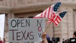 También en Texas se han suscitado protestas.